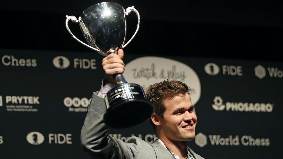 Carlsen gana el Mundial de ajedrez. (AFP)