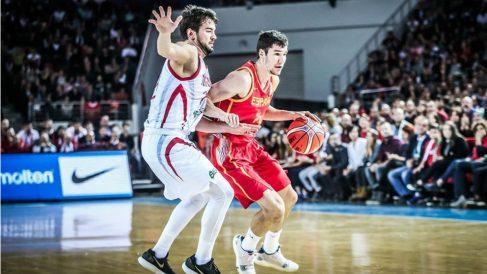 Dario Brizuela no pudo impedir la derrota de España en Turquía. (FIBA)
