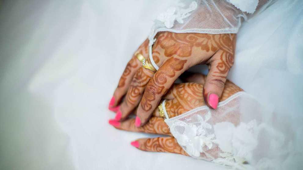 Los tatuajes de henna son temporales y pueden quitarse fácilmente