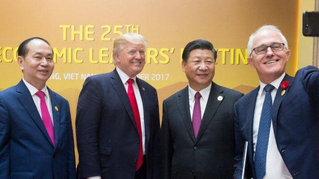 """Trump asegura que está cerca un acuerdo comercial con China tras una """"larga y buena"""" conversación"""