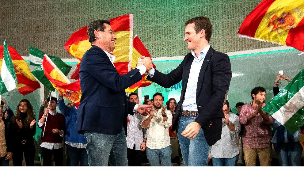 Juanma Moreno y Pablo Casado, en una imagen de archivo (Foto: EFE)