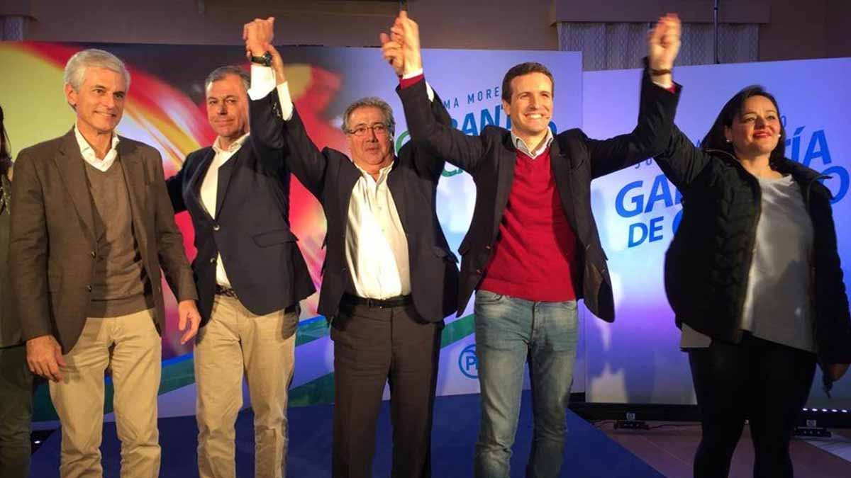 Pablo Casado en un mitin con Zoido en las Elecciones de Andalucía