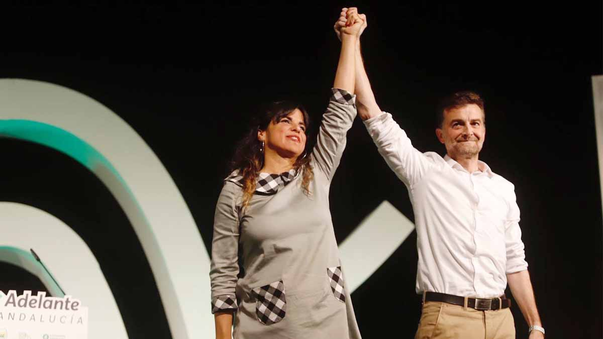 Teresa Rodríguez y Antonio Maillo en el cierre de campaña de Podemos. Foto: EP