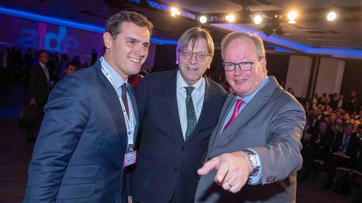 Albert Rivera con los líderes liberales de la UE. Foto: EP