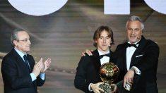 Florentino Pérez enunció un discurso muy emotivo a Modric… ¿con mensaje a Mbappé? (AFP)
