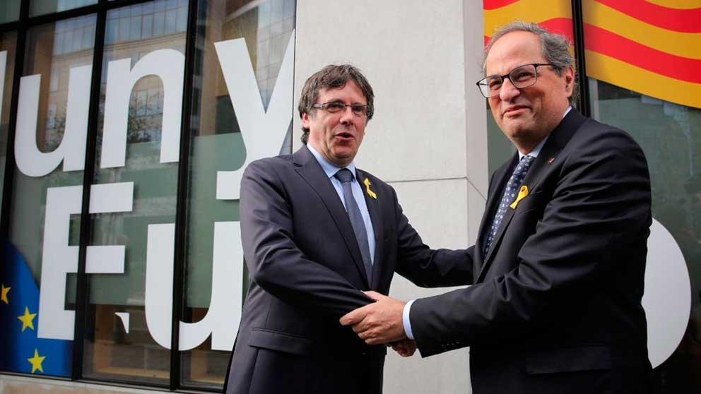 Quim Torra y Carles Puigdemont. (Foto: @Govern)