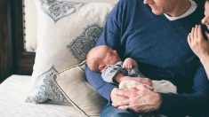 Un formulario online es el establecido para solicitar la devolución del IRPF de las prestaciones por maternidad y paternidad