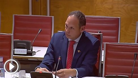 El presidente del Supremo venezolano en el exilio, Martín Tortabú, este lunes en el Senado.