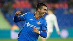 Ángel celebra uno de sus goles en el Getafe – Córdoba. (EFE)