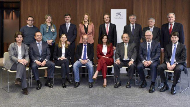 Jordi Gual explica a los representantes de los accionistas el plan estratégico de Caixabank