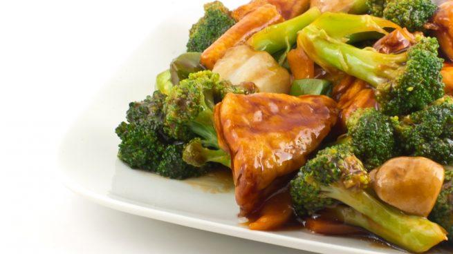 salteado de brócoli con tofu