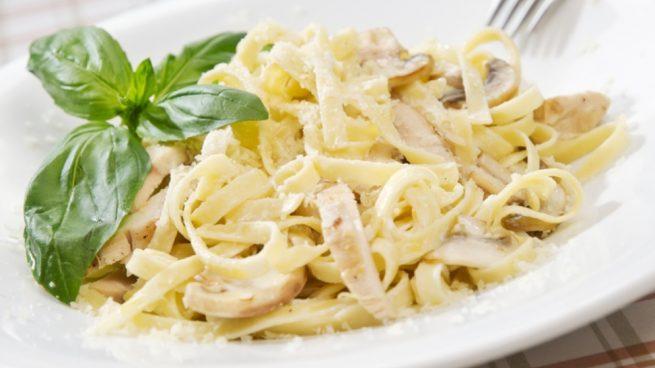 Salsa de nata para pasta