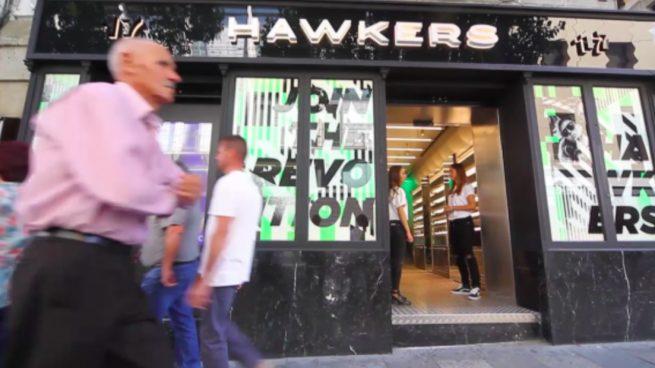 Hawkers ficha a un nuevo consejero delegado y planea abrir ópticas propias