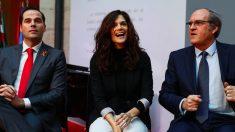 Los portavoces reginales de C's (Ignacio Aguado), Podemos (Clara Serra) y PSOE (Ángel Gabilondo). (Foto. Comunidad)