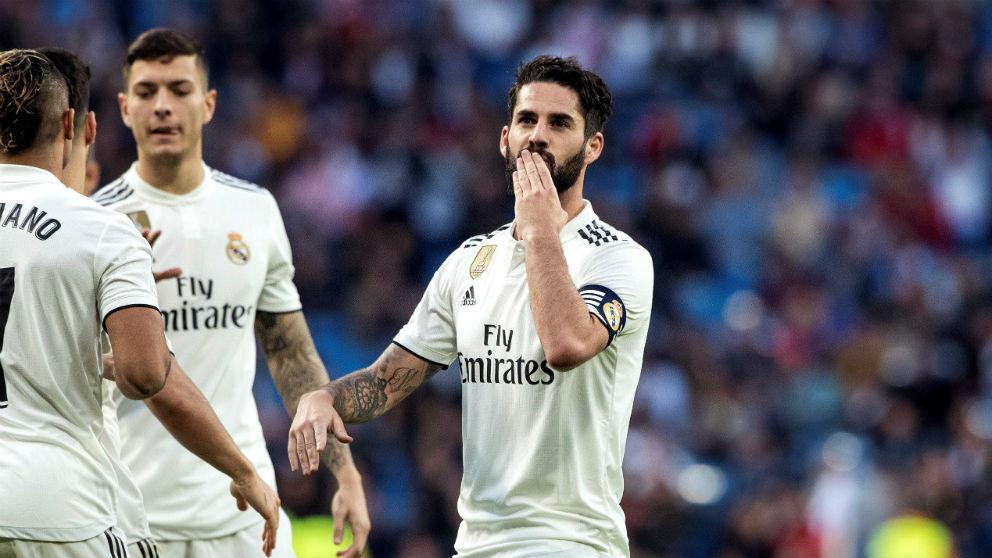 Isco, durante un partido en el Bernabéu. (EFE)