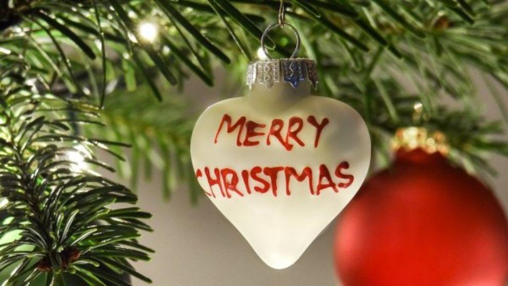 Frases Para Felicitar La Navidad A La Familia.Feliz Navidad 2018 Los Mensajes De Navidad Mas Originales