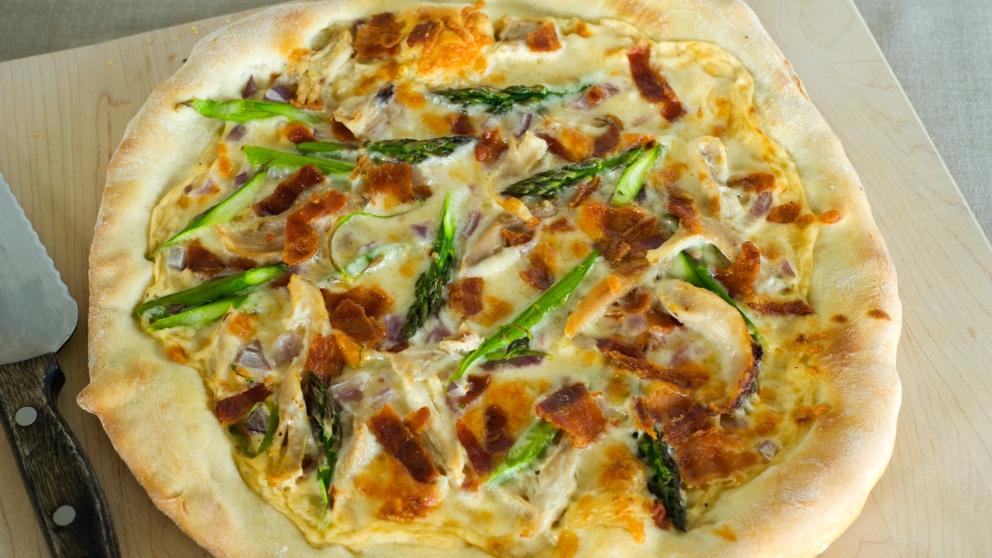 Receta de pizza de espárragos