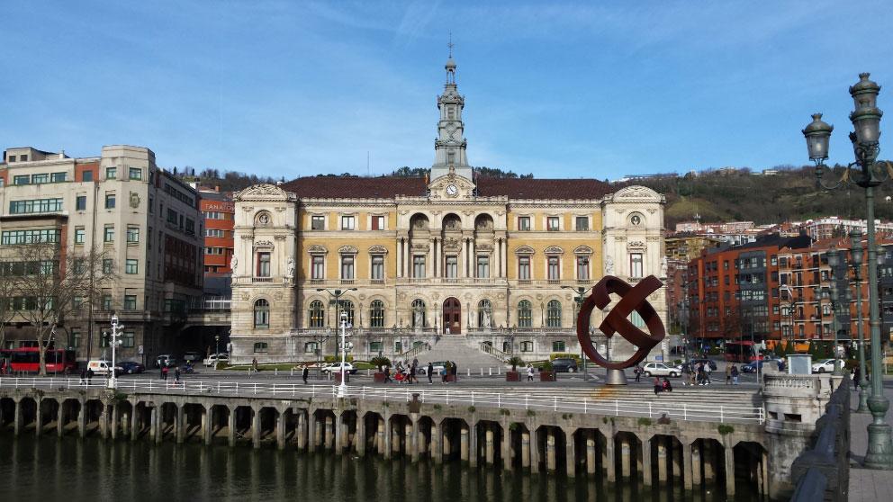El Ayuntamiento de Bilbao (Vizcaya).