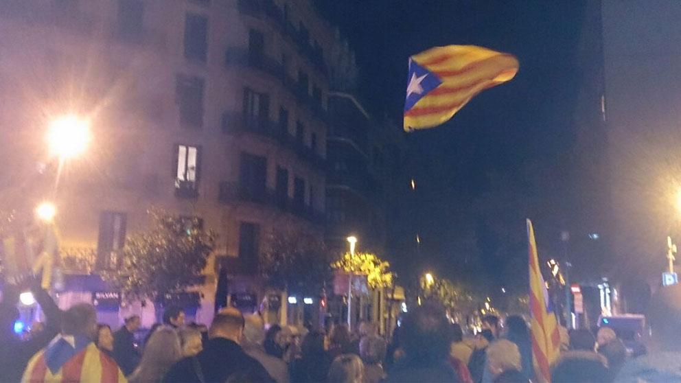 Un grupo de unos 300 manifestantes de los CDR en una de sus protestas.