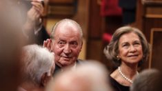 El Rey Juan Carlos y la Reina Sofía, en el Congreso de los Diputados. (Foto. Cs)