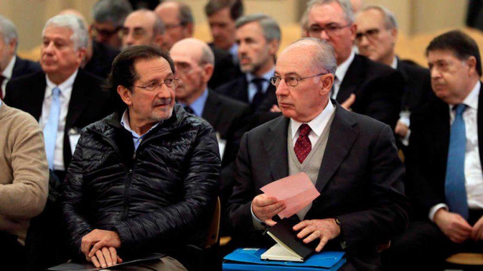 Rodrigo Rato junto con el fundador de Izquierda Unida José Antonio Moral Santín