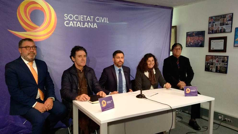 José Rosiñol, presidente de Sociedad Civil Catalana, durante una rueda de prensa. Foto: Europa Press