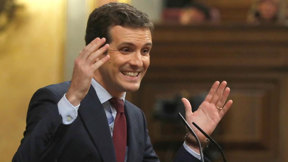 El líder del PP, Pablo Casado, durante su intervención tras la comparecencia del presidente del Gobierno, Pedro Sánchez, sobre la situación en Cataluña, en el Congreso de los Diputados. (Foto: Efe)