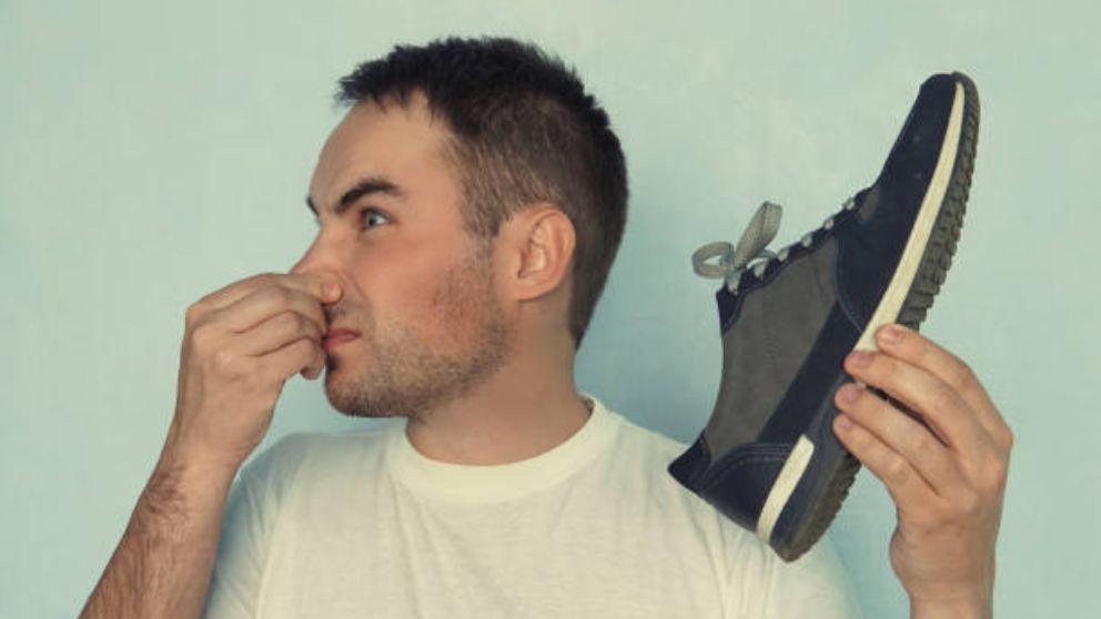 Cómo Eliminar El Olor De Las Zapatillas De Deporte Con Remedios Caseros