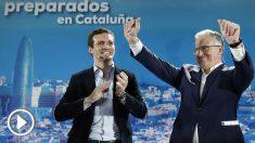 El presidente del PP, Pablo Casado (i), junto al candidato a la alcaldía de Barcelona, Josep Bou (d). (Foto: EFE)