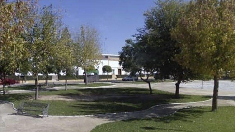 Plaza 'Miguel Ángel y María' en recuerdo a las víctimas del doble crimen de Almonte.