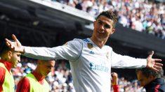 Cristiano Ronaldo celebra su gol con el Real Madrid en el derbi ante el Atlético de Madrid (AFP).
