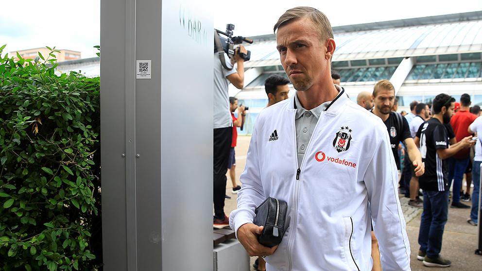 Guti, en la previa de un encuentro del Besiktas en Europa League. (Getty)