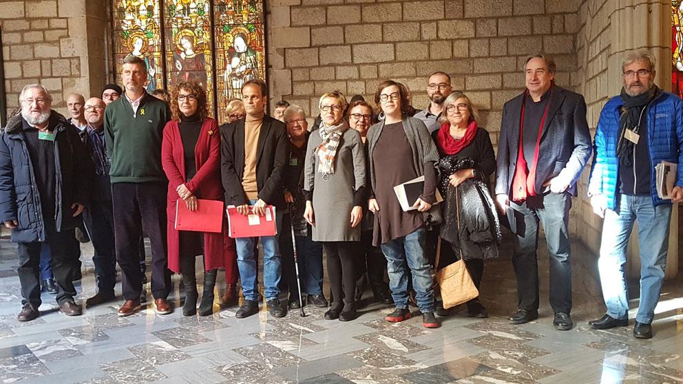 el teniente de alcalde de Barcelona Jaume Asens, junto a representantes del PDeCAT, ERC, PSC y la CUP. Foto: Europa Press
