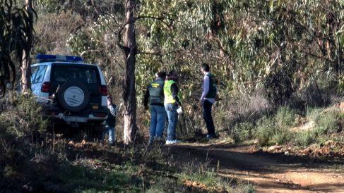 Efectivos de la Guardia Civil, durante la búsqueda del cuerpo de Laura Luelmo.