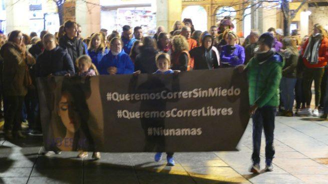 Cientos de personas se manifiestan en Ávila en solidaridad con Laura Luelmo
