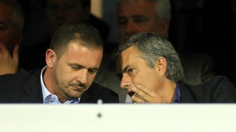 Mijatovic y Mourinho, en una imagen de archivo. (AFP)