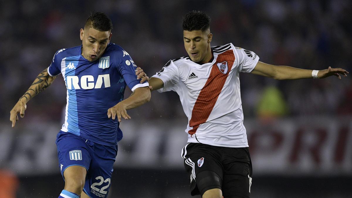 Exequiel Palacios, durante un partido de River Plate (AFP).
