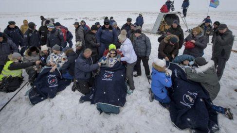 Tres tripulantes de la Estación Espacial regresan a la Tierra