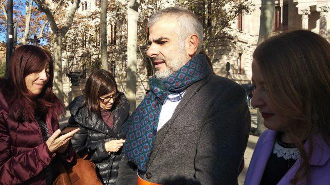 """C's presenta la querella contra Torra y el Govern por su inacción contra """"la violencia""""  por el 21-D"""