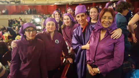 Un grupo de feministas en el Sorteo de la Lotería de Navidad. Foto: Europa Press