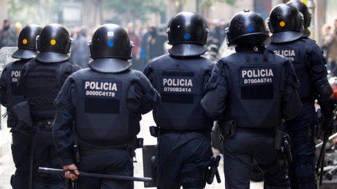 Mossos d'Esquadra en las manifestaciones de Barcelona (Foto: EFE)