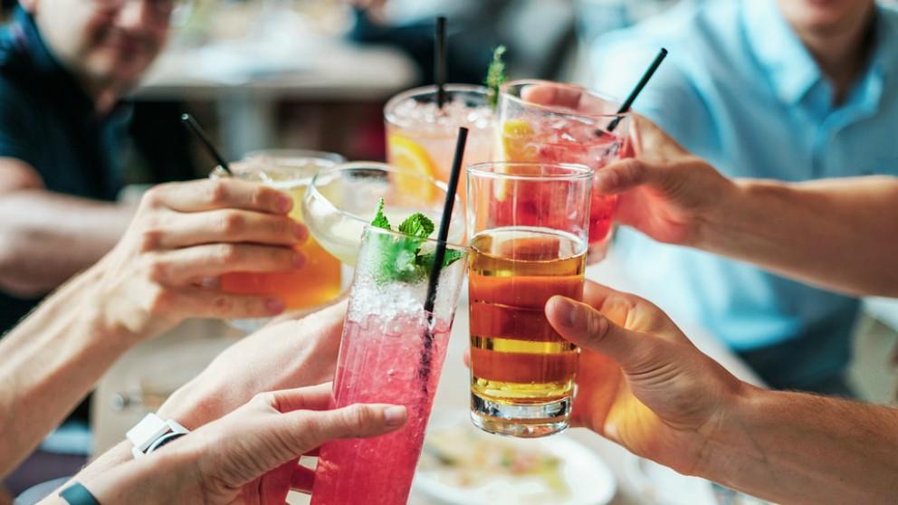 Andalucía prohíbe la venta de alcohol a partir de las 18 horas.