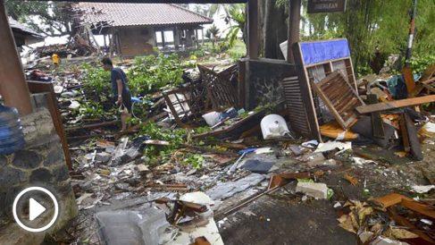 Tsunami en Indonesia. Foto: AFP