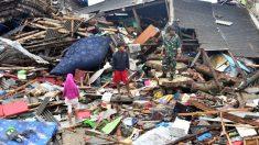Los efectos del devastador tsunami de Indonesia. Foto: AFP