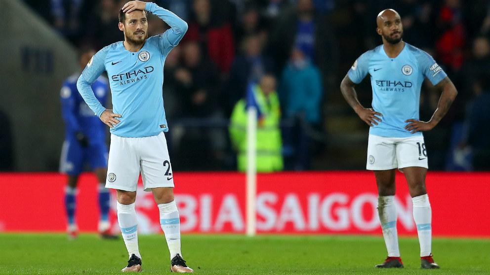 El Manchester City perdió ante el Leicester y Guardiola se aleja de la Premier. (Getty)