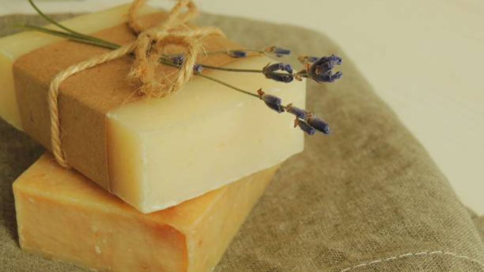 Aprende cómo hacer jabón de glicerina
