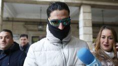 Uno de los miembros de La Manada llegando a la Audiencia de Sevilla. Foto: Europa Press