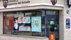La administración de lotería de Alpedrete donde se ha producido el robo. Foto: Europa Press