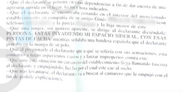 Agreden a un hombre en Almería por ser guardia civil y llevar un polo con la bandera de España