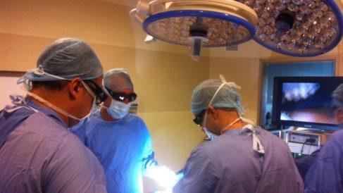 El Gobierno ordena atrasar las cirugías no necesarias ante la evidencia de contagios en hospitales